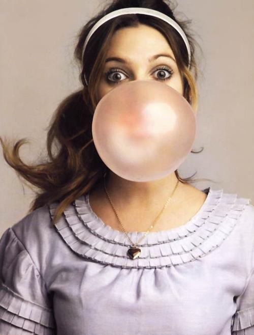 cola-kauwgom-uit-haar
