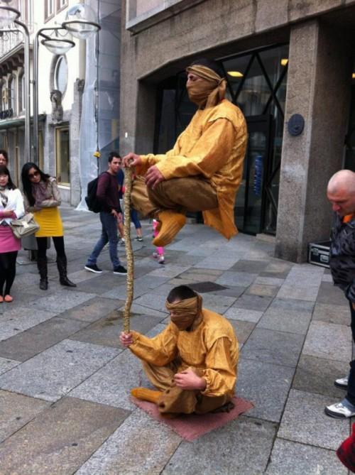 zwevende-mannen-levitatie