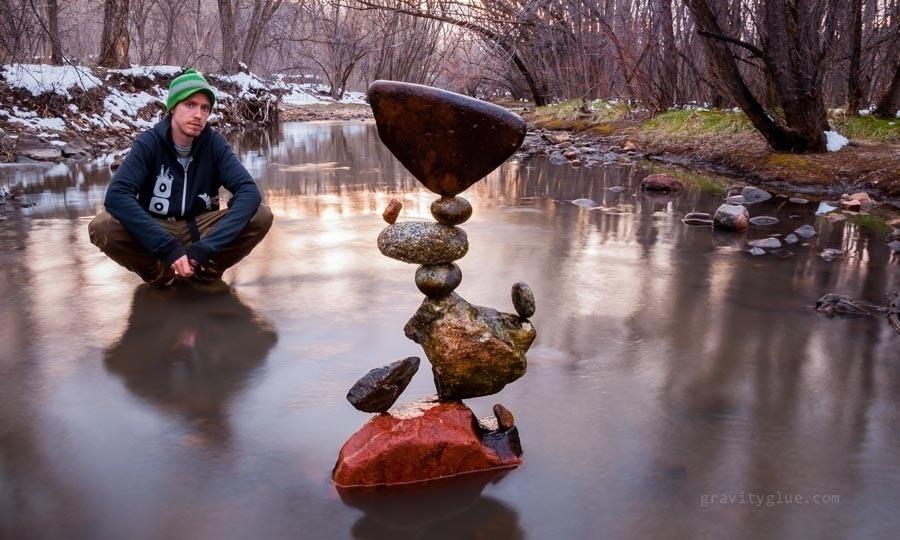 kunst-stenen-balanceren