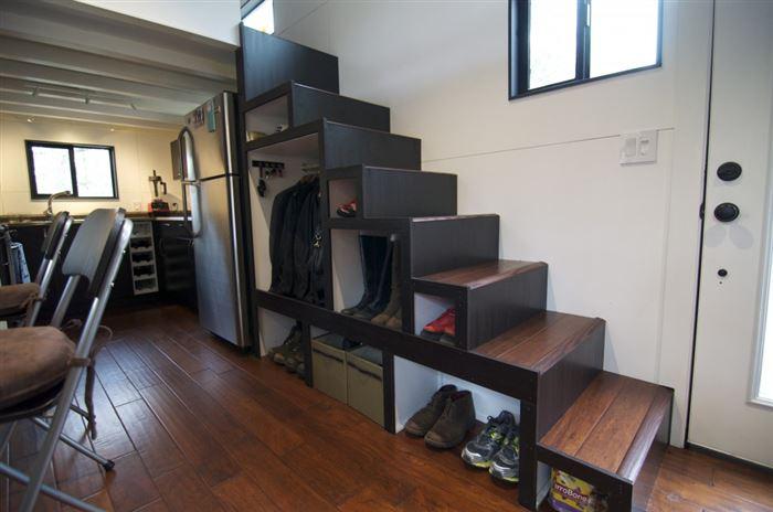 interieur woning stoelen