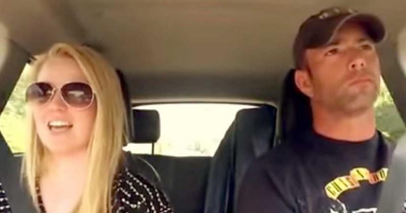 zingen in auto