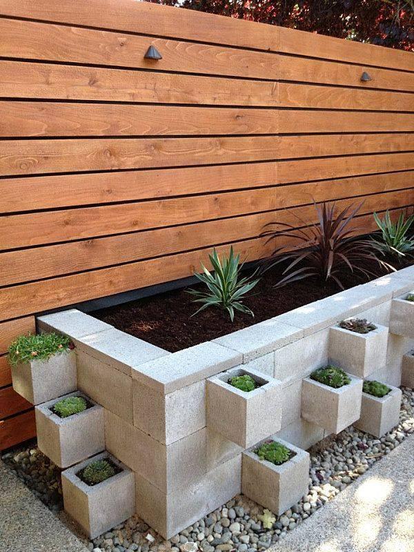 Dit is hoe je betonblokken pas echt nuttig maakt 11 for Bloques cemento para jardin