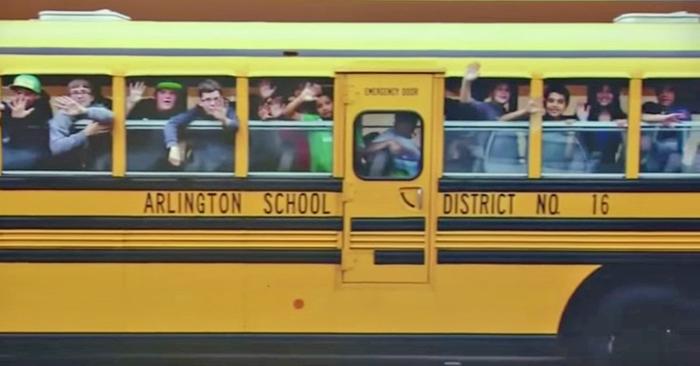 schoolbus basisonderwijs