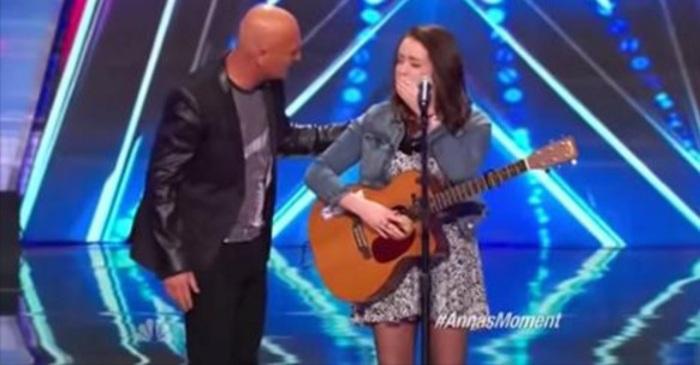 zingen podium artiest akoestische gitaar