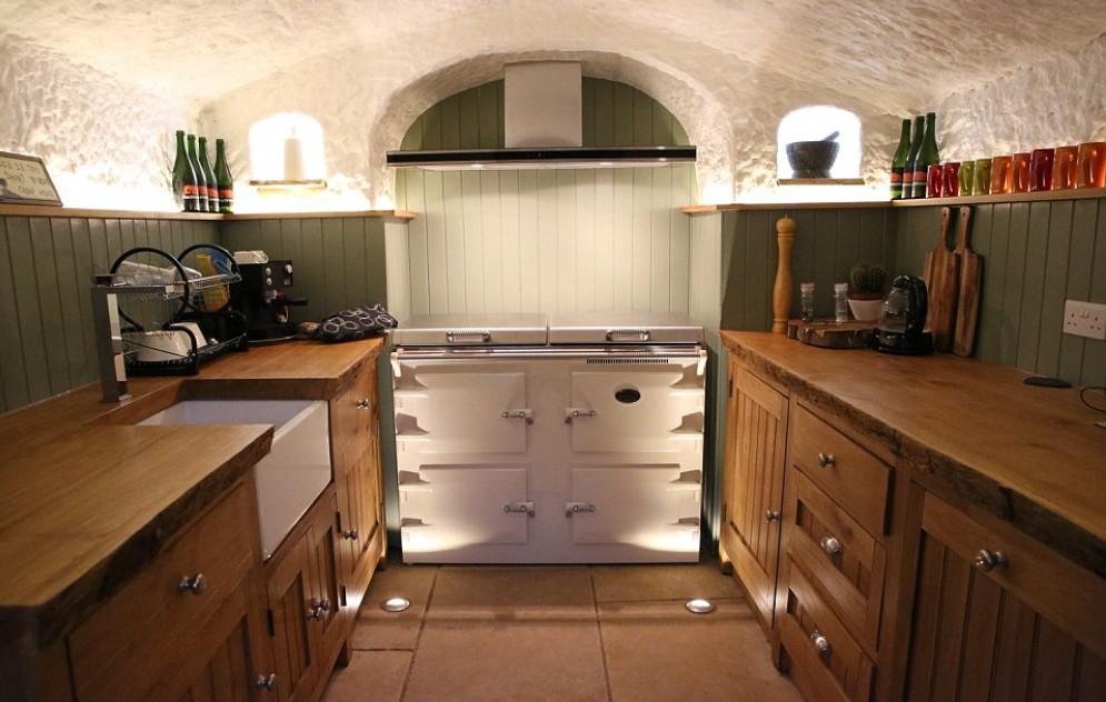 keuken, fornuis, koelkast, koffiezetapparaat