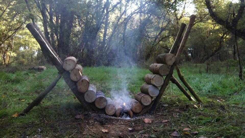 tent kamperen, camping vakantie, kamperen Nederland, kampeervakantie, natuur camping, camping kampvuur, buiten koken op hout