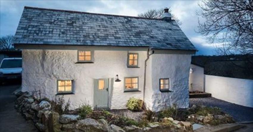 Dit huis is meer dan 300 jaar oud wacht tot je de binnenkant ziet werkelijk ongelooflijk - Slaapkamer jaar oud ...